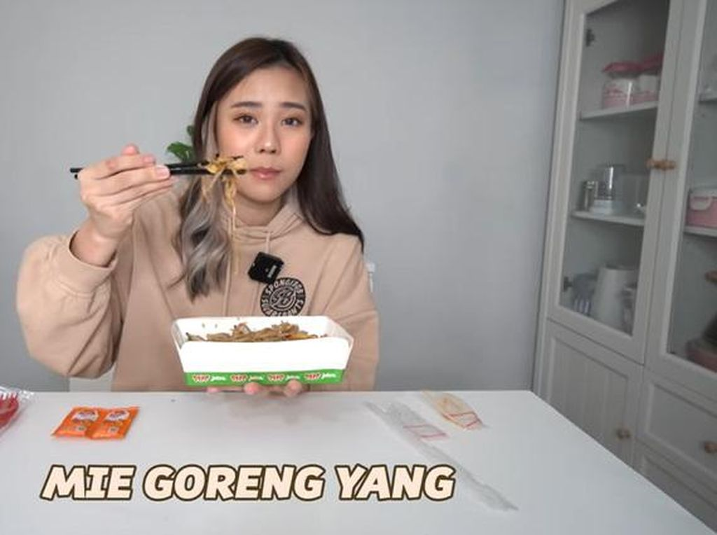 Jessica Jane Makan Mie Goreng Rp 50 Ribu vs Rp 1 Juta, Lebih Enak Mana?
