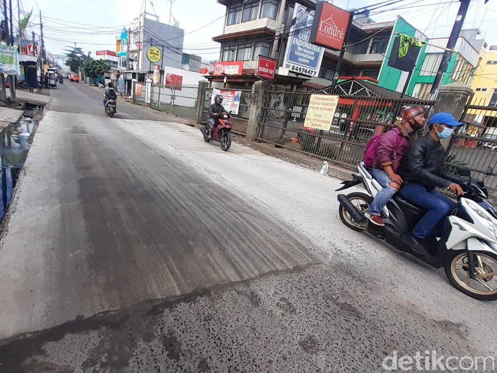 Video Jl. Caman Raya Bekasi Kembali Mulus Setelah Lama Rusak Parah