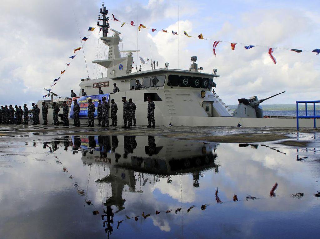 KRI Escolar Perkuat Lantamal VII Kupang