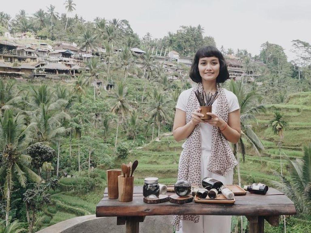 Kisah Wanita Merintis Bisnis, Naik Turun Gunung untuk Cari Ladang Vanili