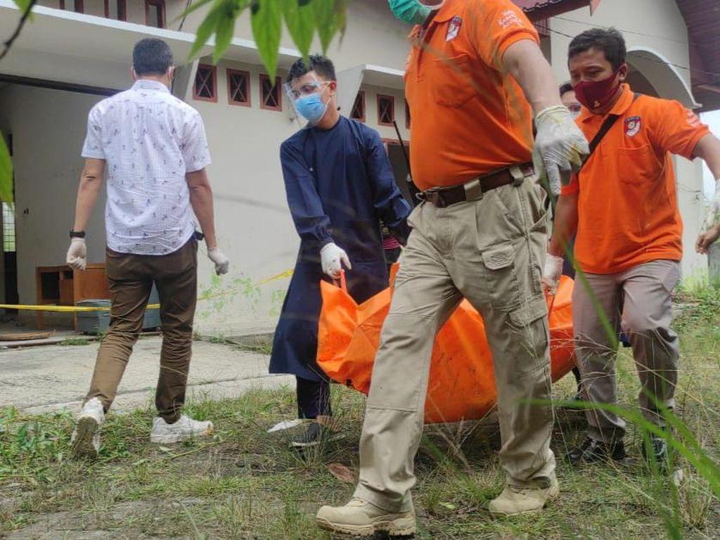 Sebelum Tewas Terbakar, Pegawai PT Agama Pekanbaru ke Kantor-Ngeluh Sakit