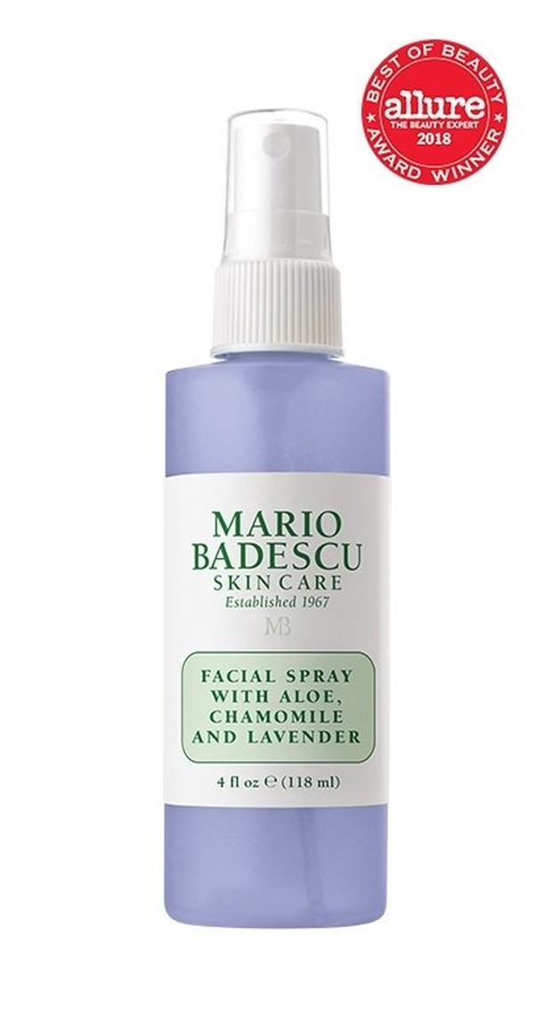 facial spray ini mampu melembabkan kulitmu.