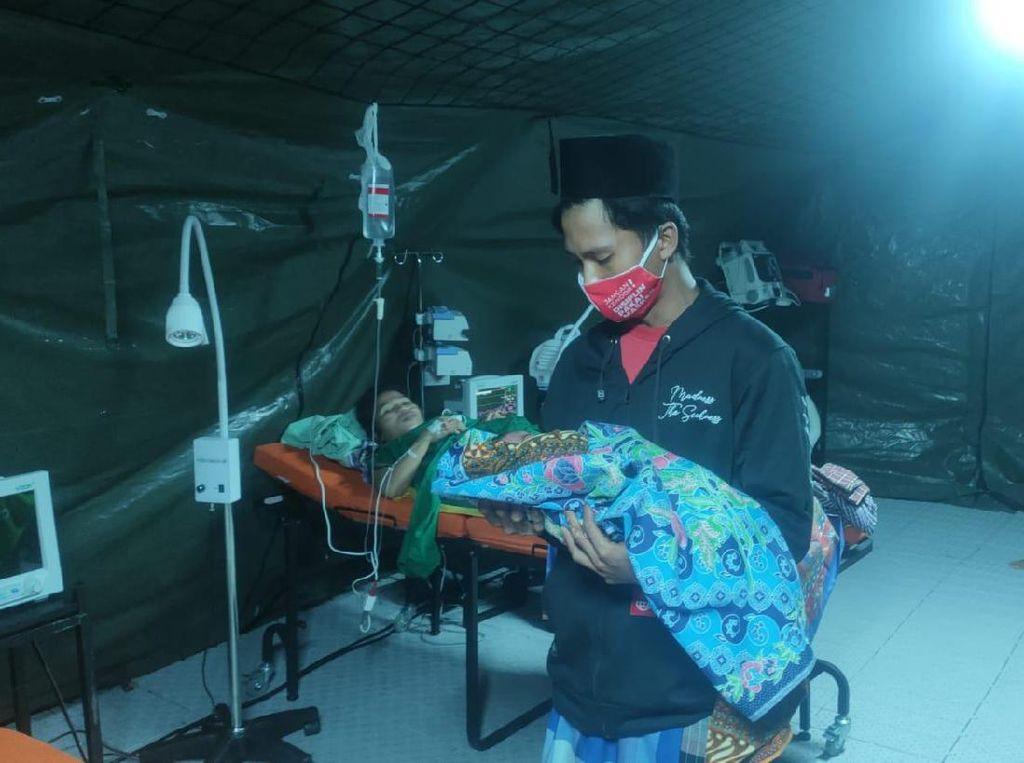 Begini Cerita 1 Jam Operasi Persalinan di RS Darurat TNI AD Mamuju