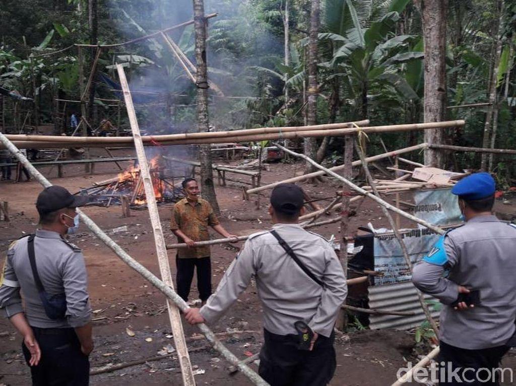 Diduga Bocor, Penggerebekan Judi Sabung Ayam di Banyuwangi Nihil Tangkapan