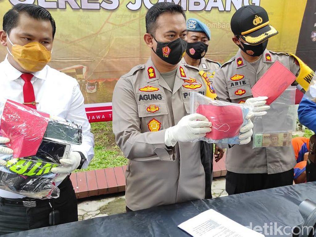 Siswi SMP di Jombang Rela Disetubuhi Santri Takut Foto Bugilnya Disebar