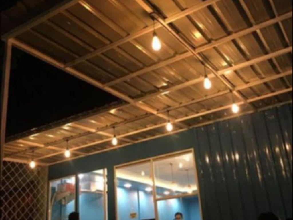 Ramainya Kafe Minimalis Kekinian di Sudut Kota Banda Aceh