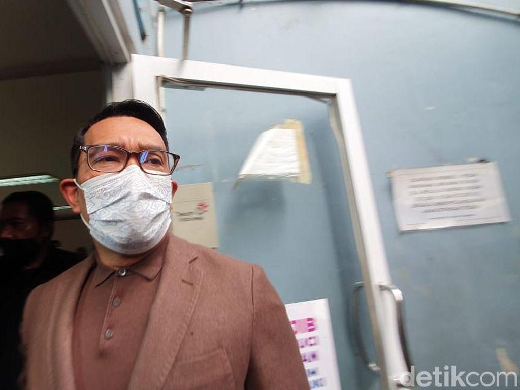Jabar Hari Ini: RK Dukung AHY-Wanita Pamer Pelat TNI Palsu Dijemput Denpom