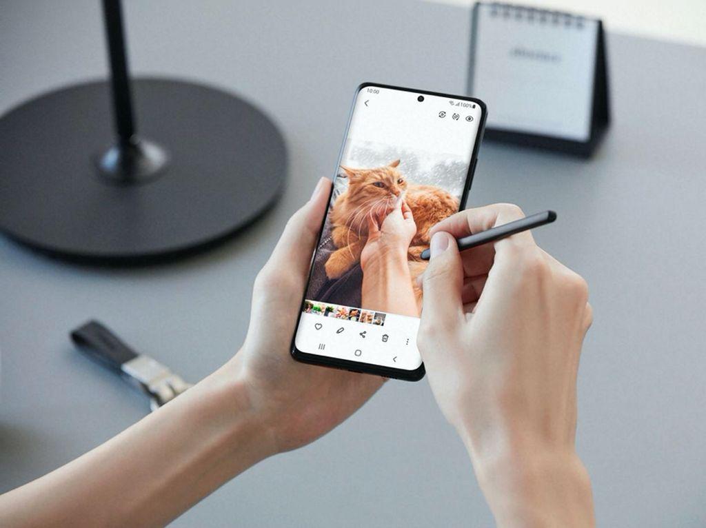 Multitasking Makin Mudah di Samsung Galaxy S21 Ultra 5G dengan S Pen