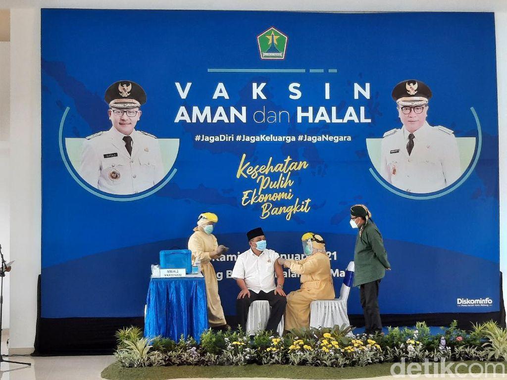 Vaksinasi COVID-19 di Kota Malang, Ini 12 Tokoh yang Pertama Disuntik