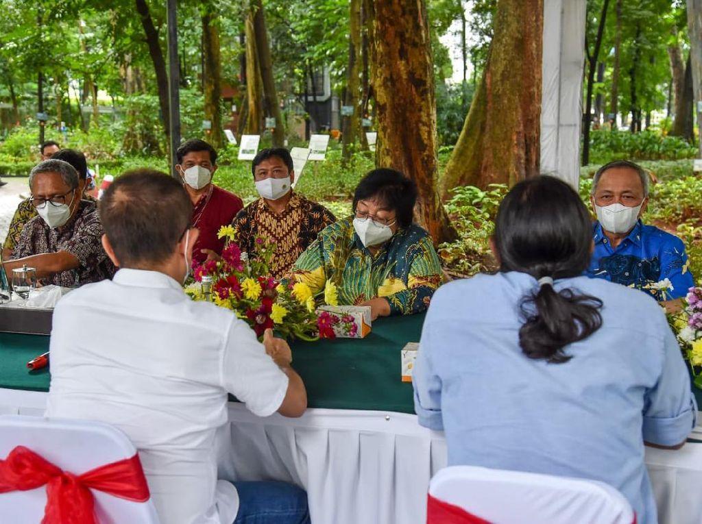 KLHK Apresiasi Upaya Wanadri Konservasi & Rehabilitasi Hutan di Jabar
