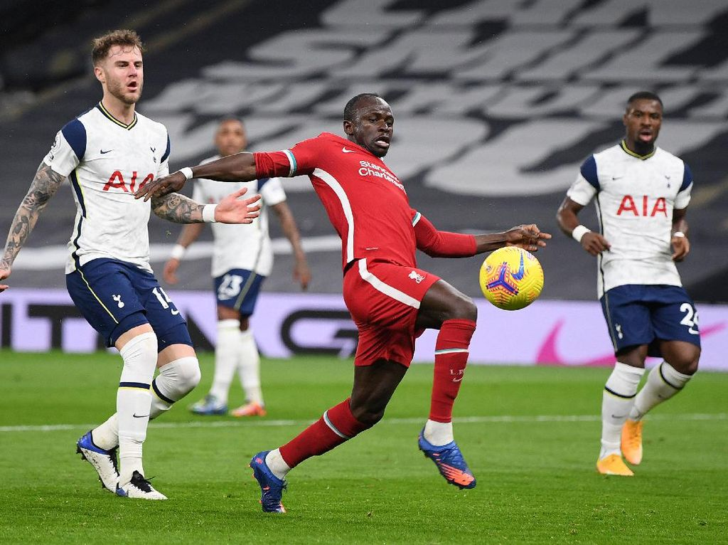 Liverpool Ungguli Tottenham di Babak Pertama