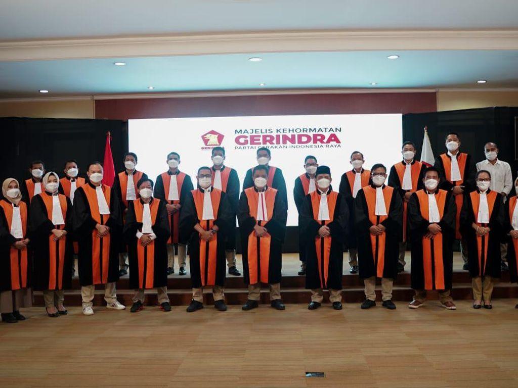 Gerindra Perkenalkan Pengurus Mahkamah Partai, Habiburokhman Jadi Ketua