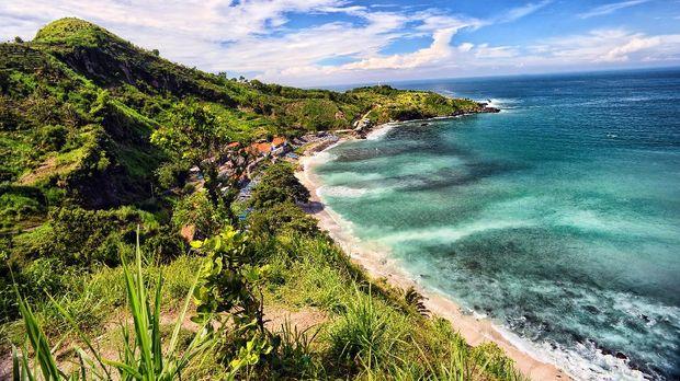 Menganti Beach located at Kebumen, Central Java, Indonesia