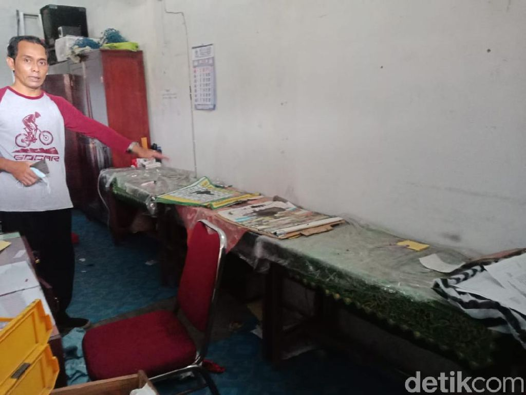 SDN di Jombang Dibobol Maling, 18 Alat Elektronik Senilai Rp 100 Juta Raib