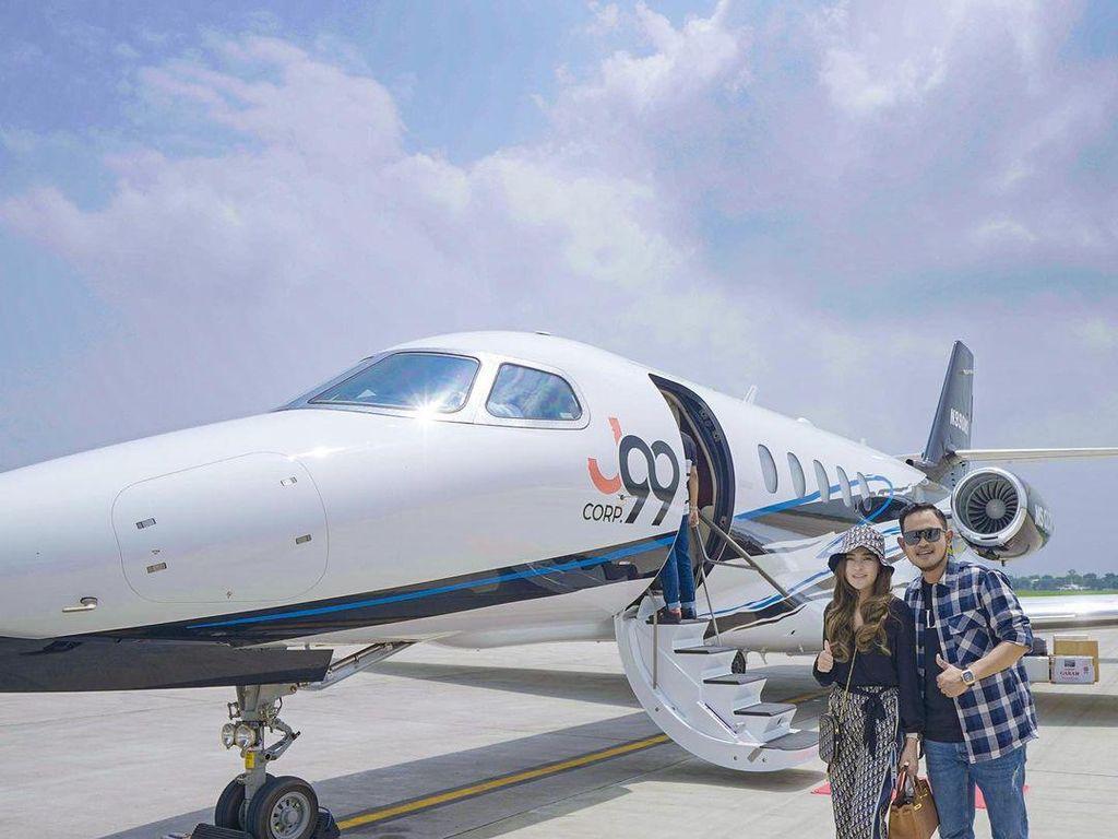 Crazy Rich Malang Beli Private Jet, Harganya Rp 200 Miliar