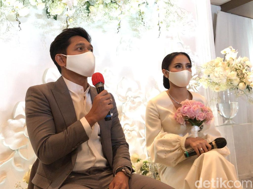 Sudah Menikah, Ibnu Jamil-Ririn Ekawati Tetap Kerja di Dunia Hiburan