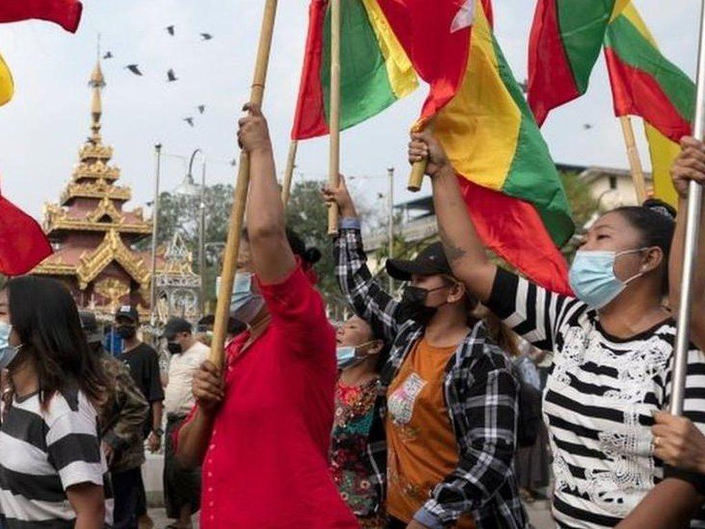 Bentrokan di Kedutaan Myanmar di Bangkok, 3 Orang Ditangkap-14 Polisi Luka