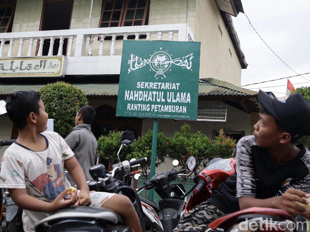 Salah Tulis Plang Nahdhatul Ulama Ranting Petamburan Diperbaiki Besok