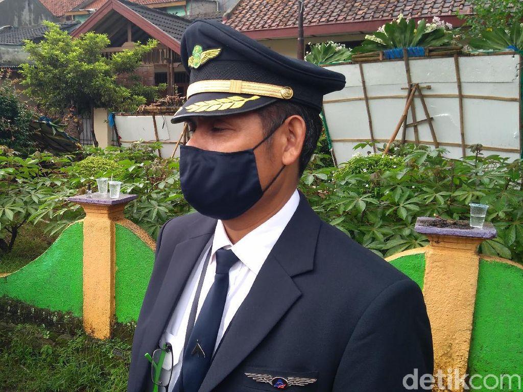 Kapten Afwan Pilot SJ182 di Mata Rekan Sesama Pilot: Sangat Islami