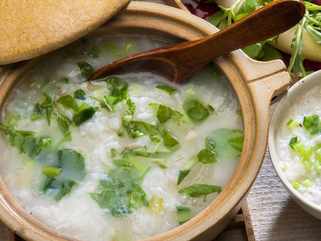 Resep Bubur Sayuran Komplet Penambah Stamina Pagi Hari
