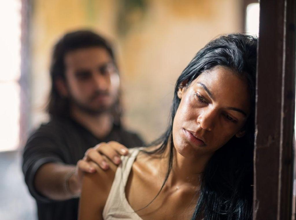 Motif Pelaku KDRT Tega Menganiaya Keluarganya