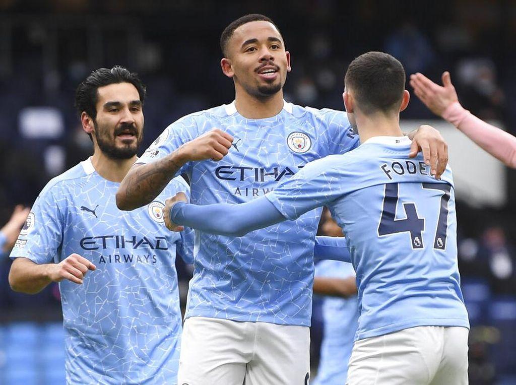 Perdana! Man City Catat 12 Kemenangan Beruntun