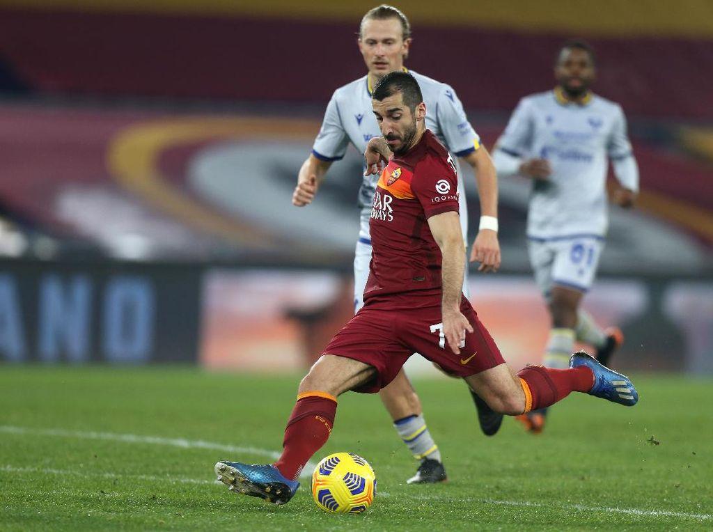 Roma Vs Verona: Serigala Terkam Tamunya 3-1