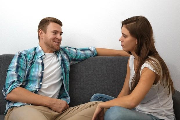 Komunikasi menjadi salah satu hal paling penting dalam hubungan.