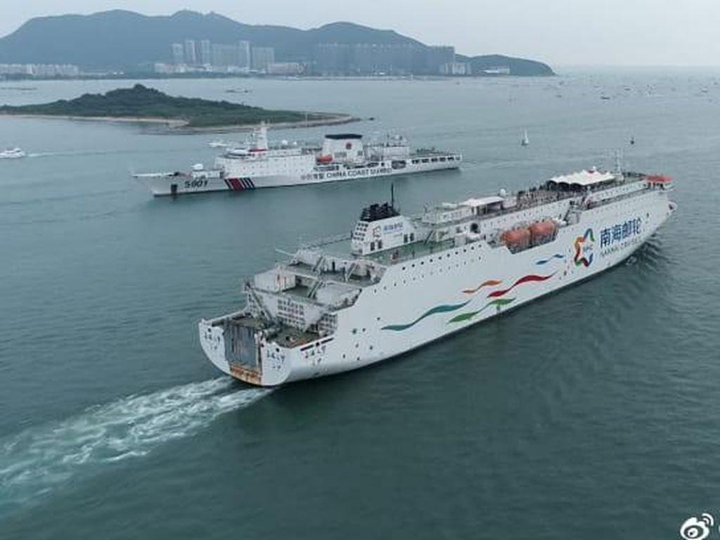 Pelayaran Kontroversial, Pesiar Ini hanya untuk Warga China
