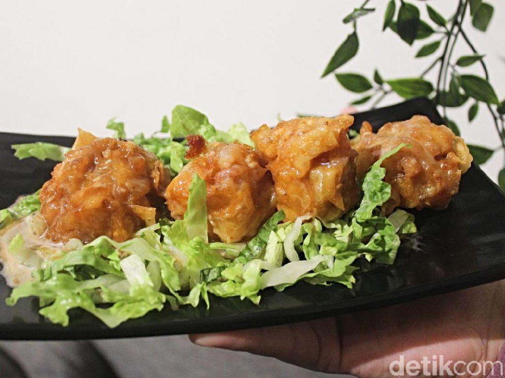 Uniknya Dimsum ala Sushi Racikan Arya Saloka Ikatan Cinta