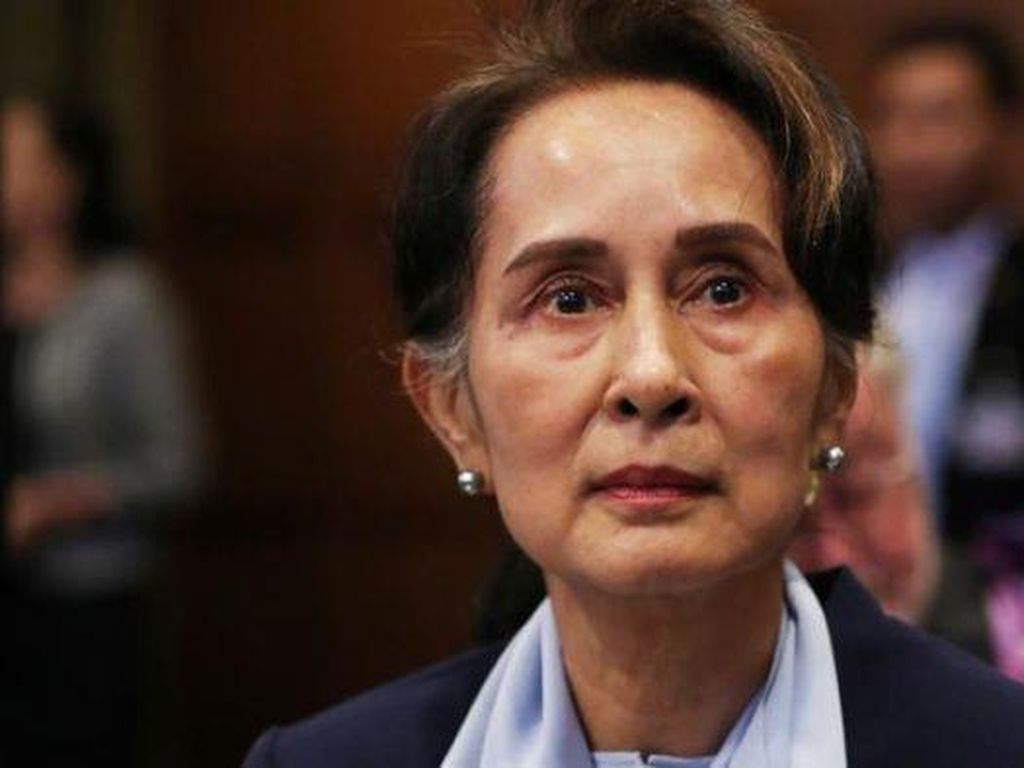 Junta Militer Myanmar Munculkan Eks Pejabat yang Mengaku Suap Suu Kyi