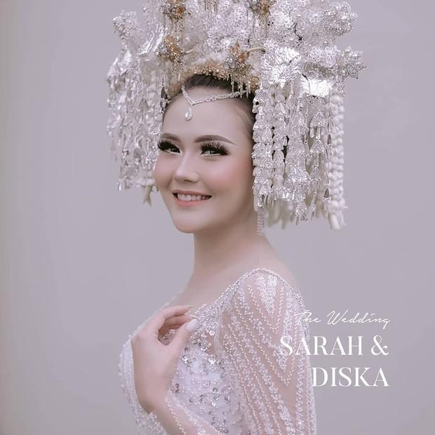 Pernikahan Sarah Gibson