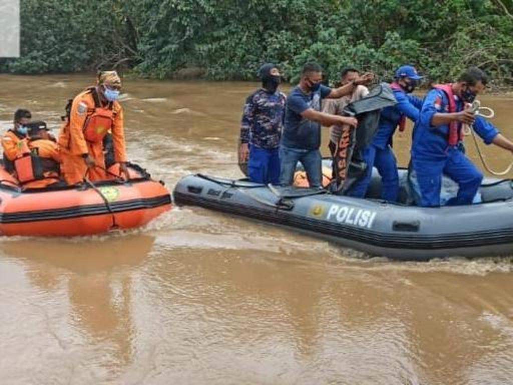 Pria di Gresik yang Tercebur Sungai dengan Motornya Ditemukan Tewas