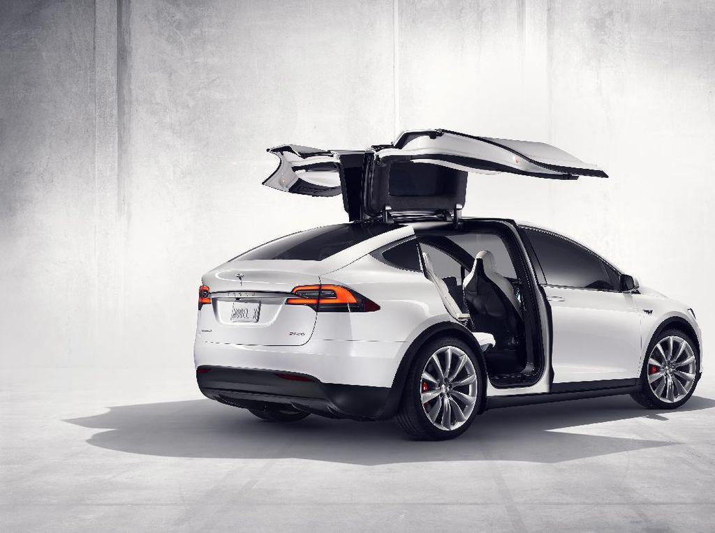 Harga Tesla Naik Lagi, Kelima Kali dalam Beberapa Bulan