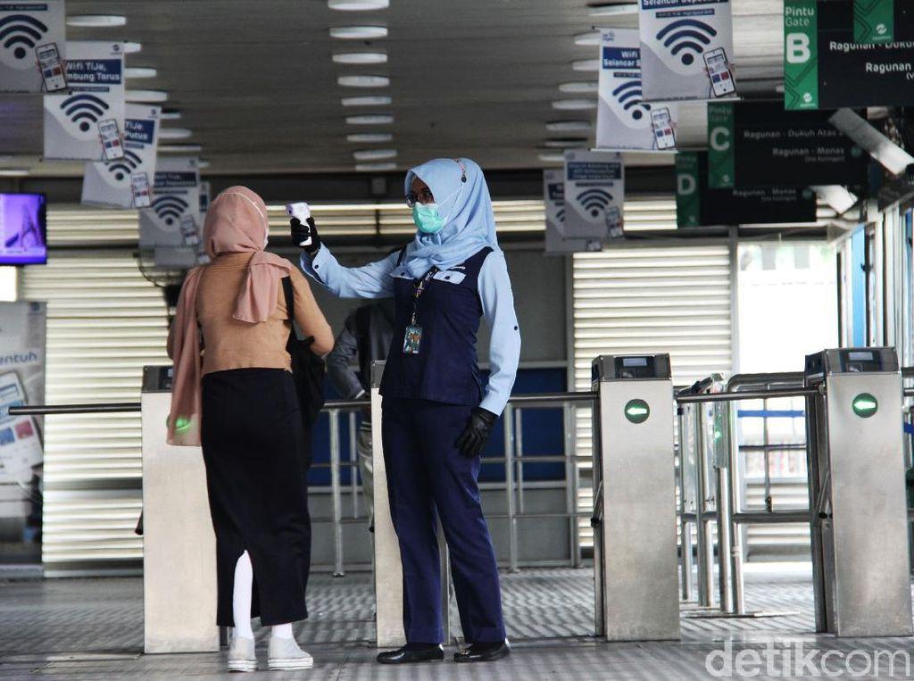 PPKM Mikro Diperpanjang Hingga 28 Juni, Ini Kata TransJakarta