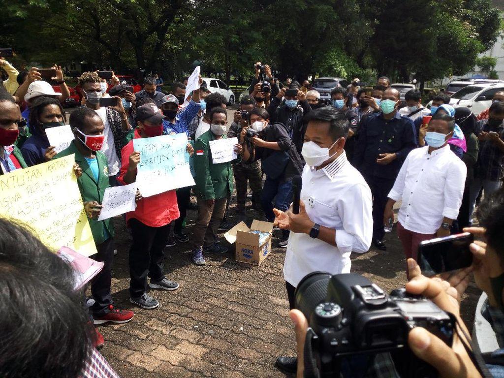 Ungkit soal Rasisme, Mahasiswa Papua Minta Guru Besar USU Prof Henuk Dicopot