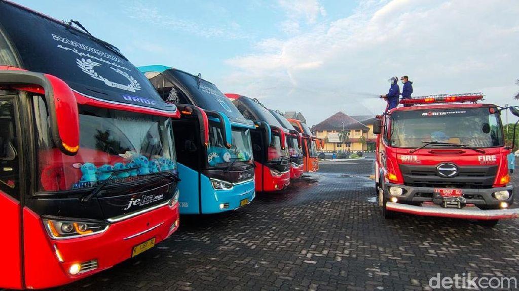 Saat 5 Bus Rombongan Piknik dari Bali Dicegat Satgas Corona Boyolali