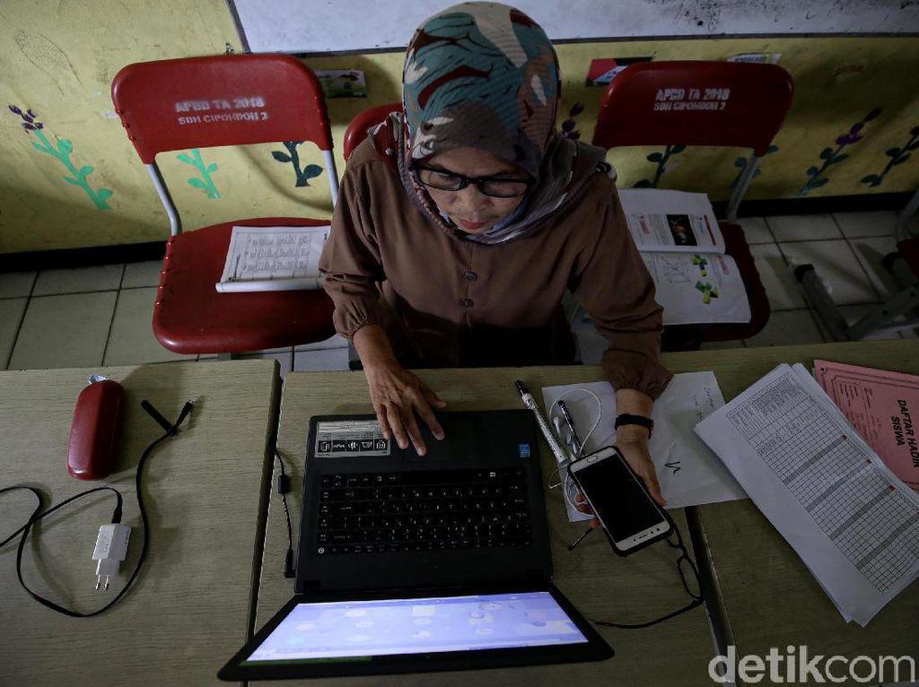 Bersiasat dalam Alterasi Belajar Daring
