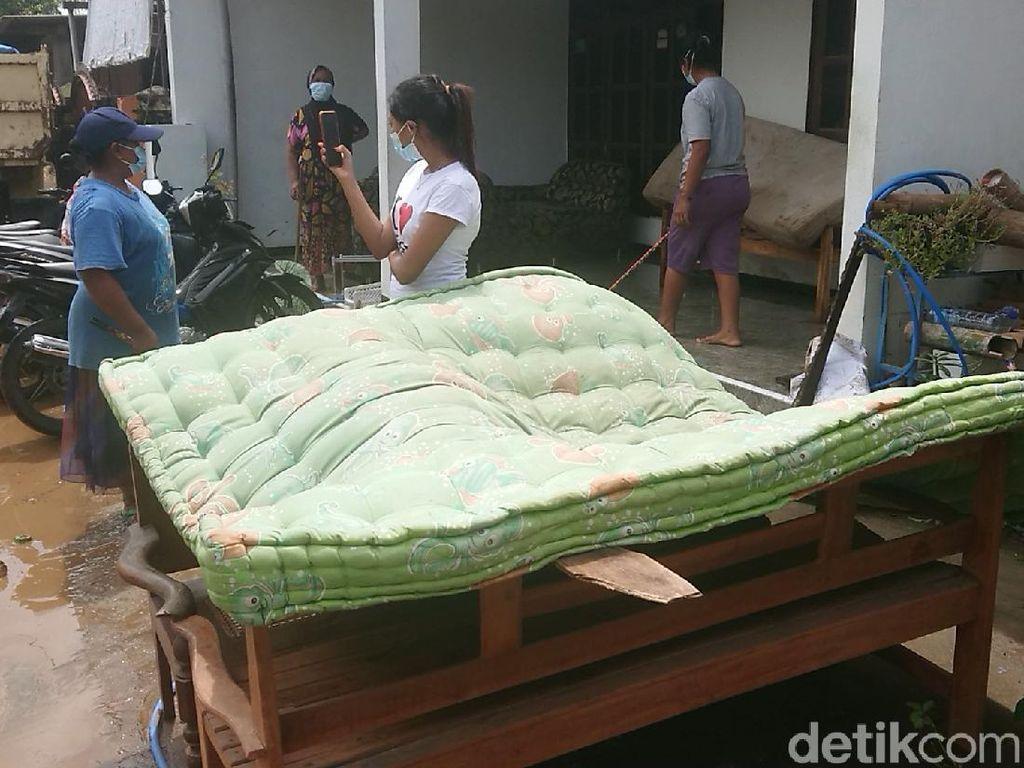 Banjir Kiriman dari Bukit Terjang Perkampungan di Tulungagung