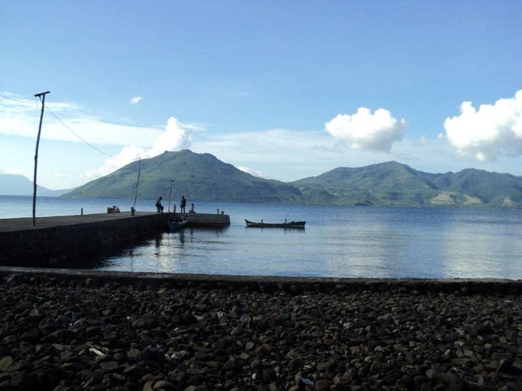 Pulau Solor di Seberang Timur Flores