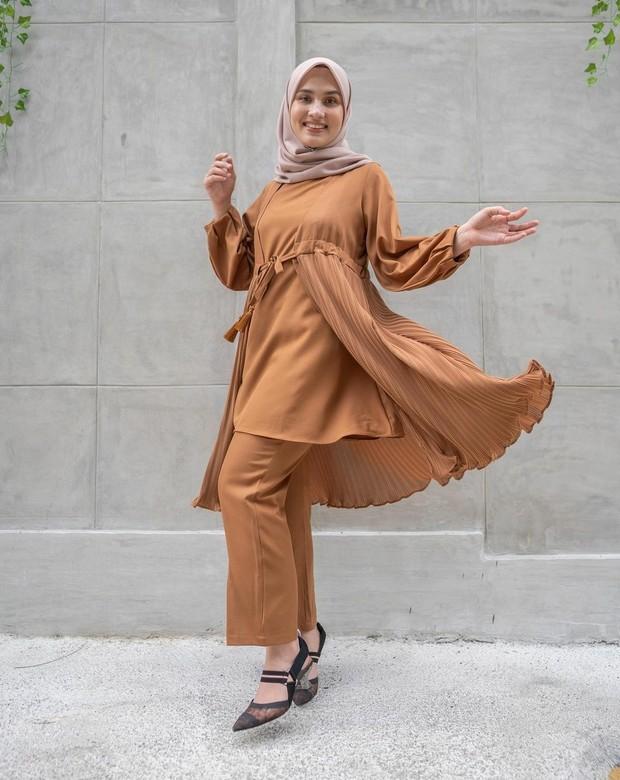 Hijab dan pakaian