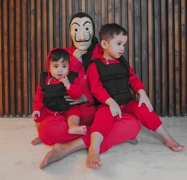 Kebersamaan Rachel Vennya dengan Kedua Anaknya