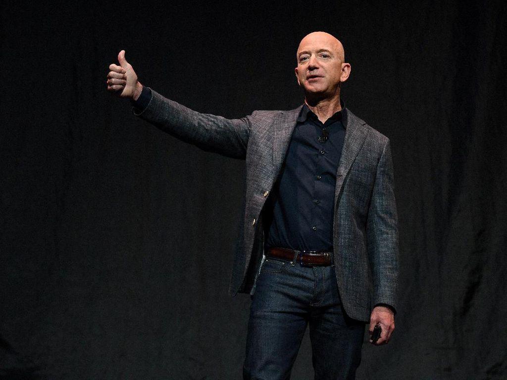 Jeff Bezos, Pria Rp 2.700 Triliun yang Lebih Suka Nyetir Honda Rp 20 Jutaan