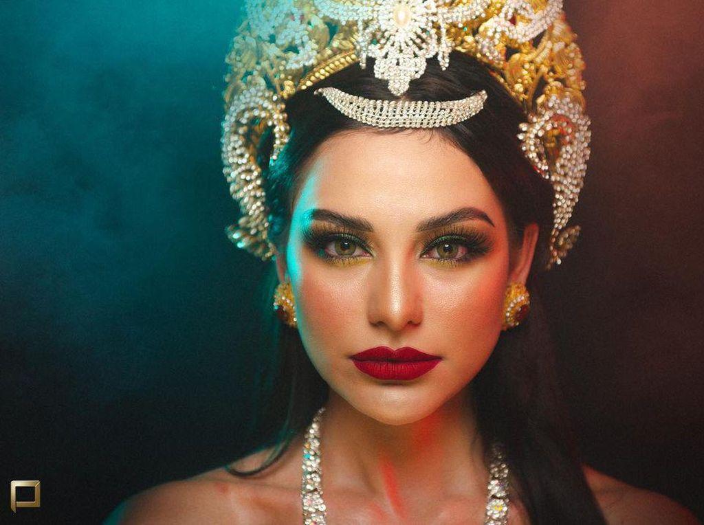 10 Foto Cantiknya Istri Jerinx Jadi Nyi Roro Kidul, Ada yang Bikin Merinding