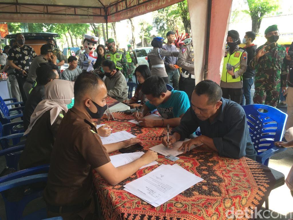 Denda Pelanggar Prokes di Mojokerto Minim Dibanding Tilang Lalin