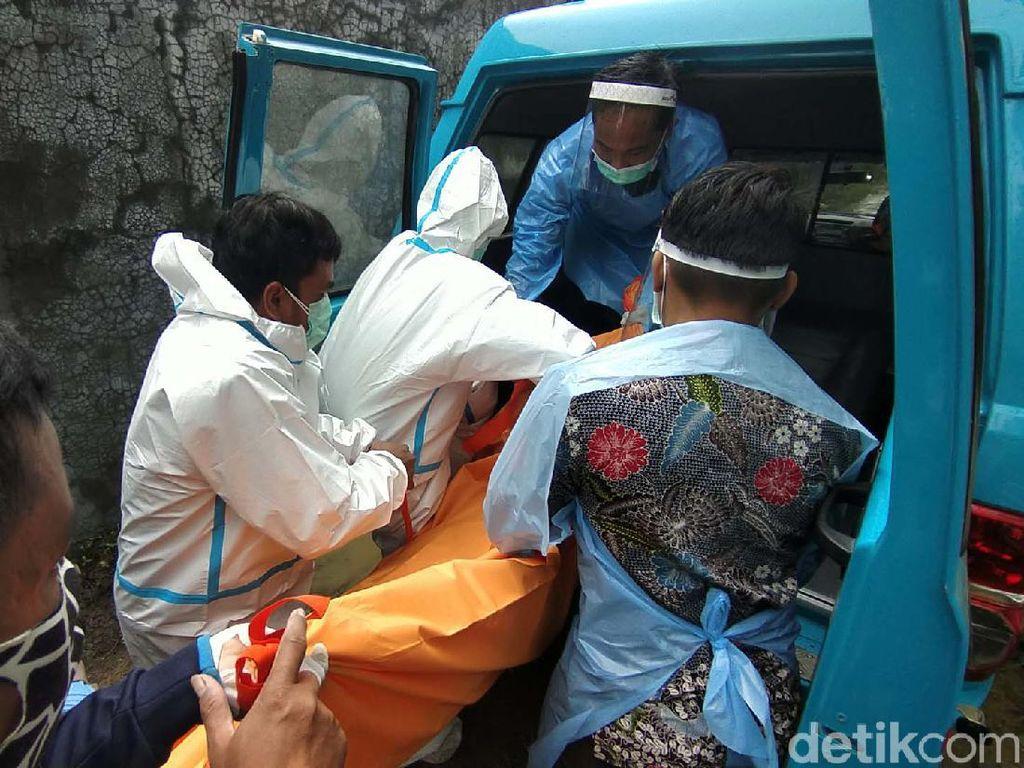 Selidiki Pembunuhan 4 Orang Sekeluarga di Rembang, Polisi Cek CCTV