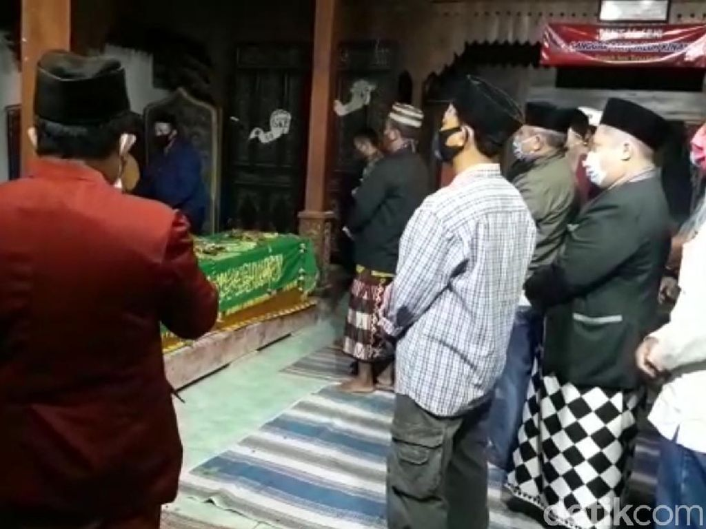 4 Orang Sekeluarga di Rembang Tewas Dibunuh Dimakamkan di 2 Liang Lahad