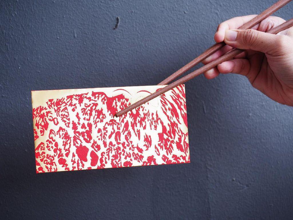 Angpao Motif Daging Wagyu Sambut Tahun Kerbau Logam
