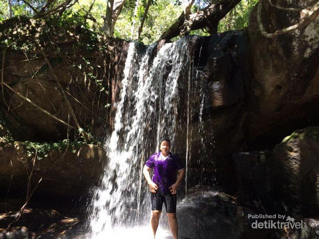 Air Terjun & Surga Kupu-kupu di Siem Reap, Kamboja