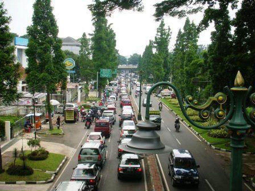 Shop til You Drop! 5 Surga Belanja di Kota Bandung